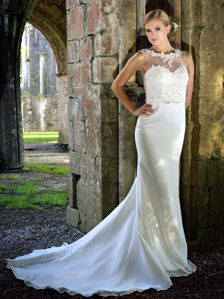 Catherine_Parry_bridal_1706